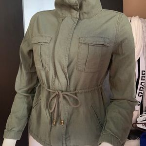 Old navy army green jacket sz xs fit small